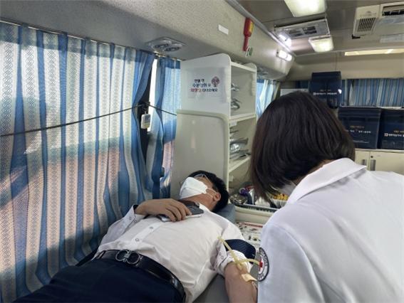 신안군, 혈액수급 비상에 사랑의 헌혈 '앞장'